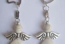 colgante angel hecho con piedra