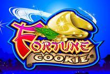 Fortune Coockie / Un biscotto della fortuna potrebbe proprio essere quello che ti serve per vincere le 1.600 monete in palio su questa semplice slot a rulli. Puoi giocare su una o due payline e provare a ottenere il simbolo logo della slot: trovane uno per raddoppiare la tua vincita e due per quadruplicarla.