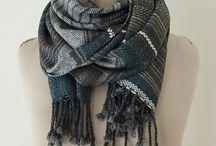 Handmade for Women / Inspiration für Damenbekleidung und Accessoires, die durch Häkeln oder Weben hergestellt werden