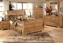 Bedroom Furniture / by Kristy Beegle
