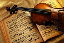 ➤ MUSIC INSTRUMENT