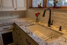 Project 2912-1 Classic Eccentric Kitchen Remodel