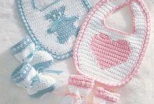 Ropa de bebe hecha a crochet