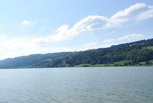 Wassersport am Alpsee im Allgäu / Für einen sportlichen aktiven #Camper #Urlaub am #Alpsee im #Allgäu Abkühlung beim #Wassersport #Segeln #Tretboot fahren #Rudern #Windsurfen #Kitesurfen #Schwimmen #Sonnen #Regatta #Triathlon Direkt am #Campingplatz anliegend bietet das Ufer einen flachen Zugang mit einigen Badeinseln.  http://www.alpsee-camping.de
