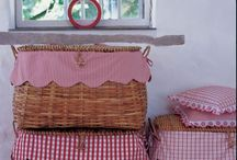 LINEN AND BASKETS