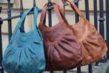 Taschen und Zubehör *** Bags and things / Taschen und Lederwaren, Handytaschen, Taschen für Kleinkrams, Schlüsselanhänger etc., gefunden von Lotta vom Blog Lottasuchtsachen.wordpress.com