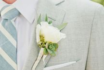 Boutonnière / We can preserve the grooms boutonnière as well!