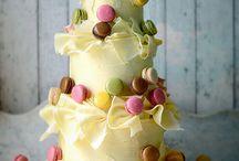 macaroons & cakes