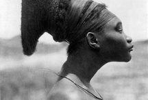 Hair- and headdresses