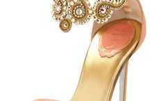 Shoes!! Heels should be as high as your excpectations / by Amanda Phillips