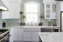 kitchens / by Terri Sapienza
