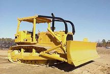 D6 Dozer Hire / Your earthmoving or landscaping project probably needs a few different machines to the get the job done. We have an extensive range available for hire. All machinery is 'wet hire,' where we provide you with an operator as well as the machine itself.