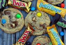 Cookies / by Falyn Leichner
