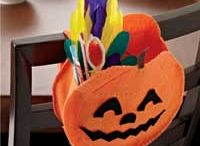 Holiday - Halloween Sewing & Crafts / Get started on Halloween sewing with these fun and easy projects!