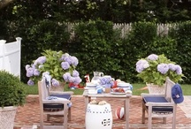 Outdoor Spaces (Dining Alfresco) / by Theresa Hardy