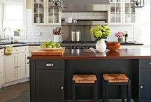 Kitchens Causing a Stir / by Sherry Mullins