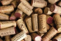 DIY Wine Bottles / Craft and recyclable ideas with all those empty bottles and corks.