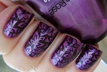 nails. nails. nails. / by Kaylee Yager