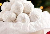 Cookies / by Liz Goines