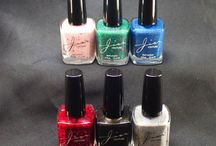 Merry Movie Collection (Holiday 2015) / A nail lacquer collection inspired by classic holiday movies