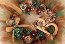 Wreaths / by Lauren Courtney