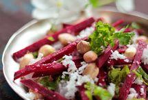 Food|Veggie lovers / by Kelly I.