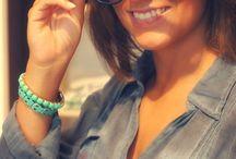 Bamboe zonnebrillen van Antonio Verde /  Deze elegante zonnebril is gemaakt met gerecycleerde materialen en bamboe  Een goede bescherming voor je ogen tegen het felle zonlicht met UV400 Protection  geleverd met handig opbergzakje en clean doekje   Beschikbaar in  Zwart  Bruin  Groen  Grijs   Leopard motief