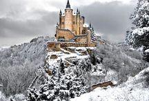 Palacios, castillos