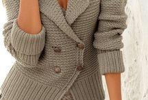 Pletené svetry a kabátky