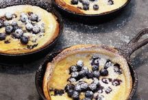 Blueberry Recipes / Healthy Blueberry recipes from pies to cobblers to muffins these recipes are easy to difficult and delicious from breakfast, lunch and supper that always taste better when using fresh berries and ingredients