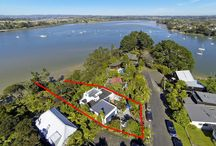 Marae Rd / In order to sell , we had our home partially staged, heavily decluttered and the views did the rest.Then the bank tightening rules kicked in and the market went quiet. Watch this space!