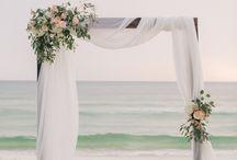 decor: floral arch