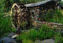 Water Wheels / by Cathi Stephens