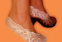 Meias / Meias de renda, Pés de anjo rendados. Finas sapatilhas em renda para proteger e embelezar os seus pés. Em várias cores e modelos. Encomendas: asmocasquecosturam@gmail.com