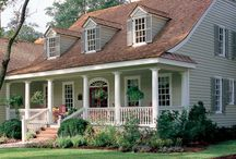 Home Exteriors / Southern traditional