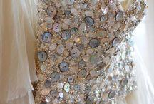 A button wedding :) / by Sara Mitchell