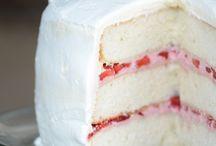 Strawberri layer cake