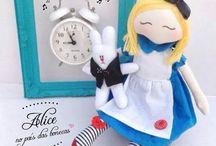 Bonecas Kátia Callaça