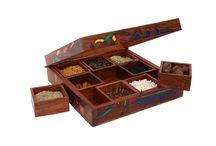 Multipurpose 8 Inch Square Box (with Nine Detachable Compartments)