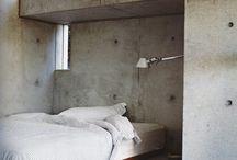 Chambre dans la maison / La décoration intérieur de la chambre dans la maison