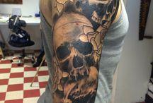 tattoo männer oberarm