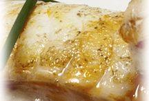 Gastronomía de Torres Bermejas / En Torres Bermejas, además de una noche única de flamenco, le ofrecemos la mejor gastronomía, para que su mente y su paladar acaben igual de sorprendidos.
