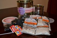 Food Storage Gifts / Gift ideas to help you give the gift of preparedness to your loved ones.