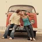 Engagement pictures ideas! / by Courtney Cuevas