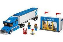 LEGO City Set #7848 Toys R Us Truck