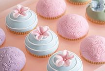 Cup, cup, cupcakes!