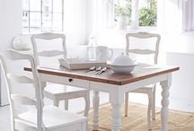 weiße Esszimmer im Vintagestyle