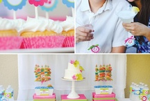 M&D's Beach-Themed Anniversary Party / Mom & Dad's 30th wedding anniversary party ideas.