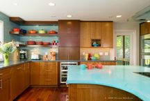 Kitchens / by Elyse Mayer
