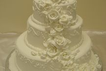 Wedding Cakes / by Jen H